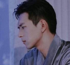 韩商言浴袍图片